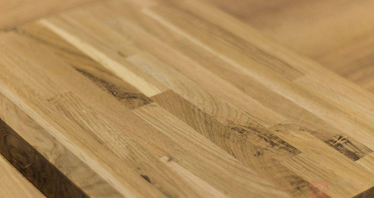 Drewniany blat z wąskimi i gęstymi łączeniami - wąska lamela