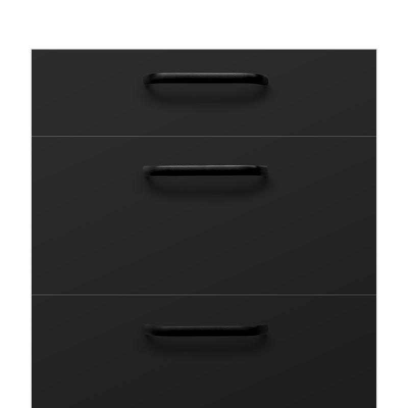P4 Czarny mat